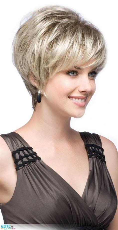 wedge cut for thick hair short wedge hair cuts for over 50 thick hair short