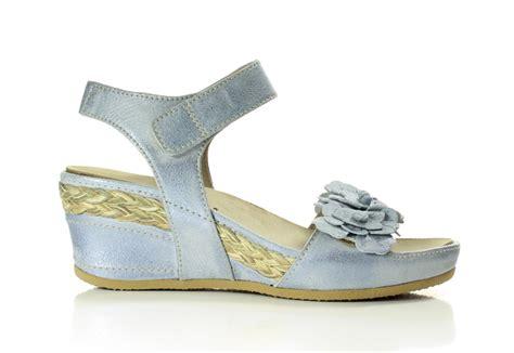 Sandal Merk Fladeo Uk 40 41 footnotes sandalen licht blauw to be dressed