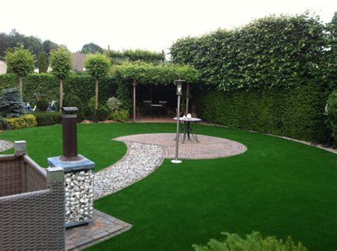 jardin con cesped jardines con cesped artificial para la decoraci 243 n de la casa