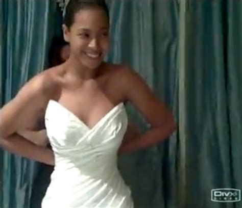 Are Beyonce And Z Finally Getting Married by Finally Beyonce Reveals Wedding Dress From 2008