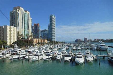 miami beach marina ferretti group opening yacht sales center at miami beach