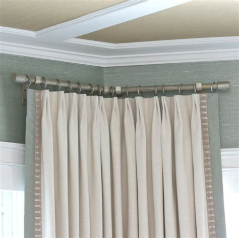 curtain rods corner