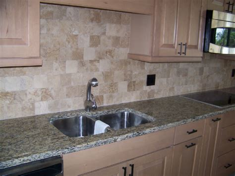 Espresso Colored Kitchen Cabinets backsplashes