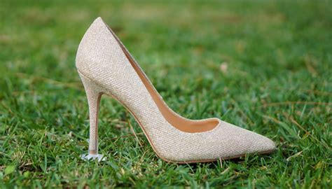 How To Stop Heels From Sinking In Grass by New Product Stoppers Prevents Heel From Sinking In Grass
