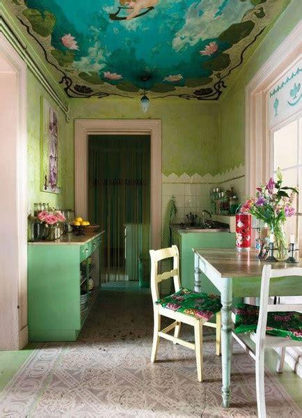 dipingere il soffitto dipingere il soffitto