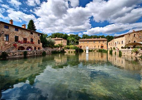 bagno vignoni italia bagno vignoni terme relax e benessere nel cuore della