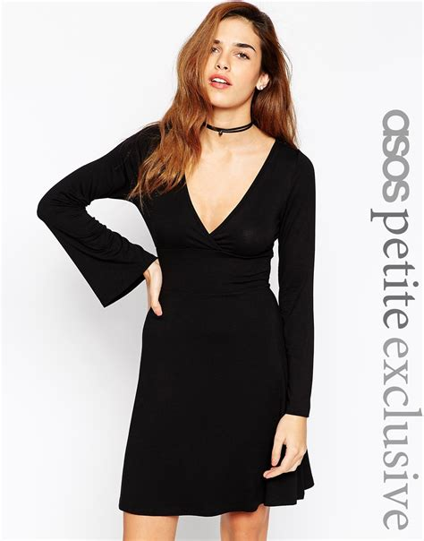 70s swing dress asos 70s swing dress with flare sleeve in black lyst