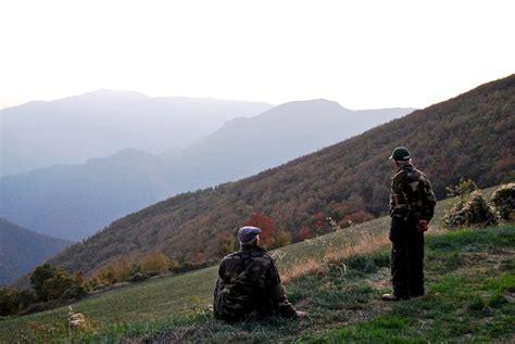 regione toscana ufficio caccia tesserini venatori 2 cacciatori denunciano l ufficio