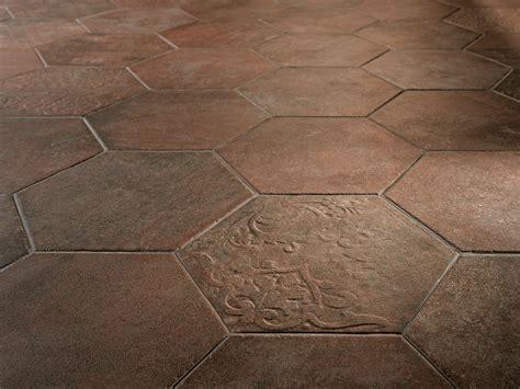 casabella piastrelle piastrelle esagonali ritorno alla tradizione cose di casa