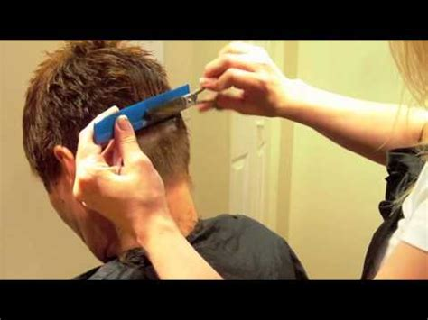 how to cut the back of a females neck how to do a women s short layered haircut quot pixie cut