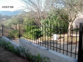 clotures de jardins clotures de jardins en fer forg 233 a cabasse dans le var ferronnier et serrurier 224 brignoles