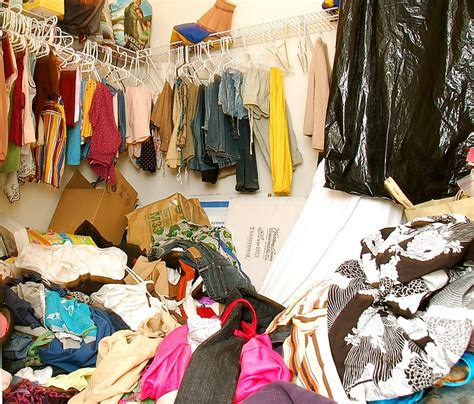 Messy Closet | the lazy person s guide into redoing your closet the