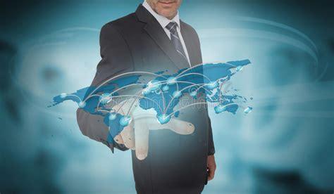 mundo do homem espiritual imagem de stock royalty free rela 231 227 o futurista tocante do mapa do mundo do homem de
