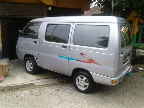 Accu Mobil Suzuki Futura mobil pribadi hebat suzuki carry futura mobilbekas