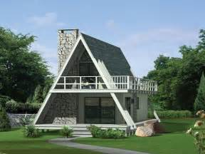 Small A Frame Homes by 30 Amazing Tiny A Frame Houses Designrulz