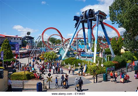 theme park uk drayton manor park stock photos drayton manor park stock
