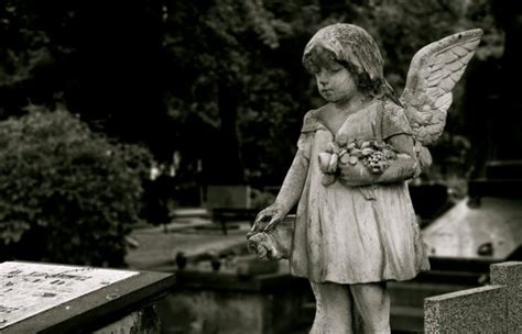 8 Weirdest Burial Rituals by 8 Strange Funeral Customs From Around The World