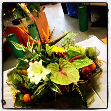 fiori e natale fiori piante ed orto nei cesti