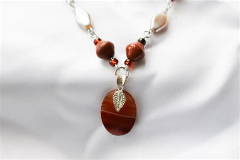 how to make agate jewelry orange agate pendant on spicecolor beaded necklace by