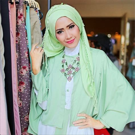 Harga The Shop Clean Free Sun muslimah blouse instagram collar blouses