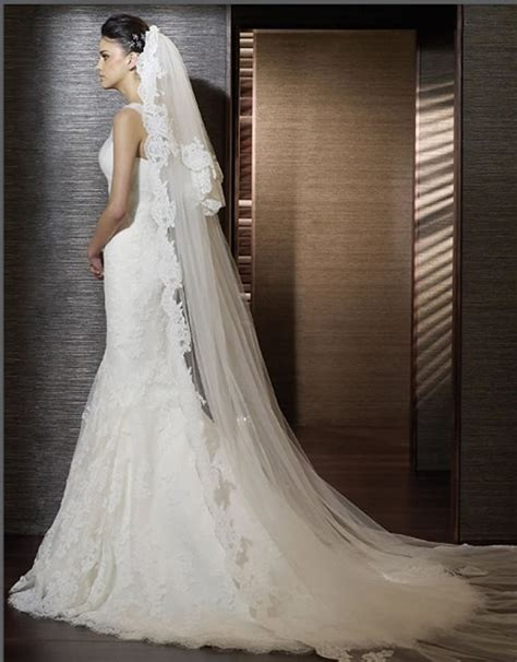 Ideas to Pick Up Right Veil with Wedding Dress ? Designers