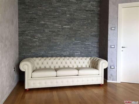 rivestire divano in pelle divano in nabuk opinioni casamia idea di immagine