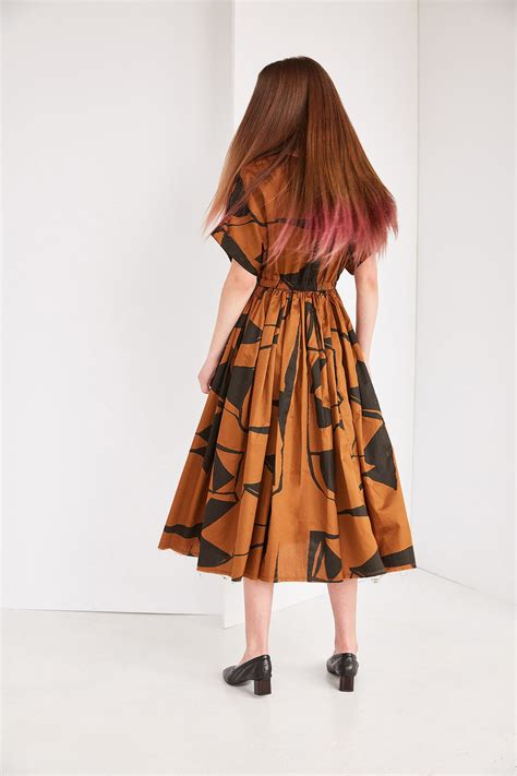 Pleated Dress 16091 Black black crane pleated dress in print teak black garmentory