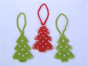 christmas tree ornament crochet pattern by spring fresh