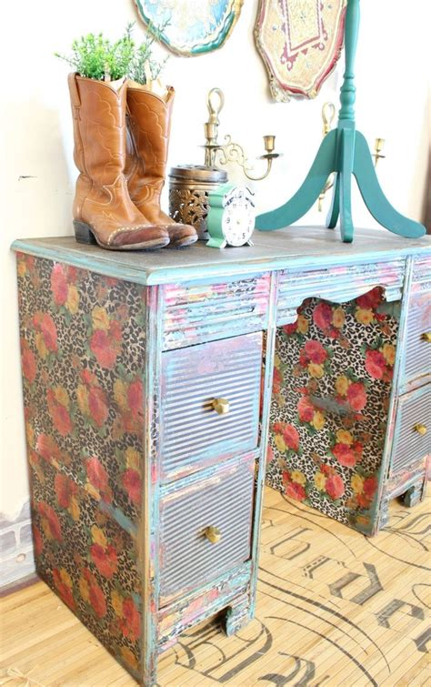 How To Do Decoupage On Furniture - 25 b 228 sta id 233 erna om decoupage furniture p 229