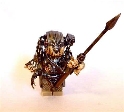 Brick Minifigure Predator 17 best images about lego on arnold schwarzenegger xenomorph and soldiers