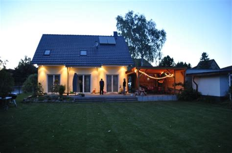 Beleuchtung Hauswand by Spots Im Dachkasten Fotos Kosten F 252 R Licht Im