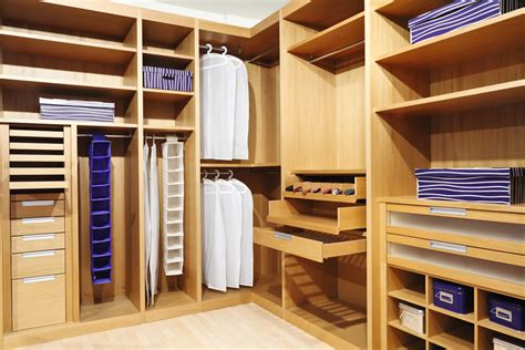 43 Luxury Walk In Closet Ideas & Organizer Designs