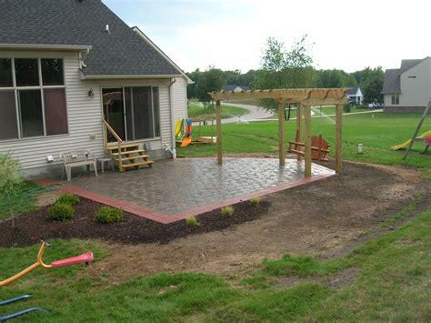 Concrete Patio Ideas For Small Backyards Cement Patio Ideas Patio Building