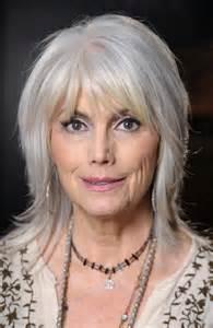 hair uts for 50 shoulder length shoulder length hairstyles for women over 50