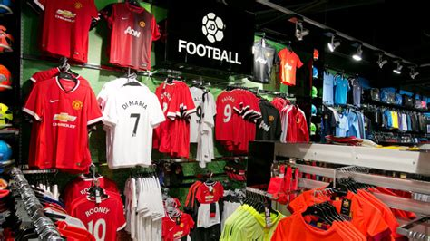 image gallery jd sport in manchester jd sports manchester airport
