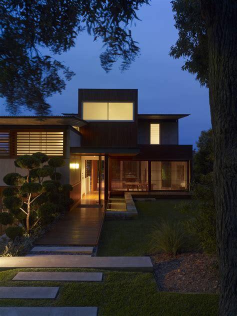 wamberal beach house virginia kerridge architect