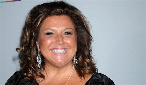 abby lee miller of dance moms faces prison for dance moms abby lee miller smuggled 120k faces 2 5