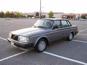 Volvo 1990s 1990 Volvo 240 Information And Photos Zombiedrive