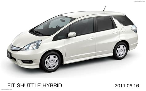 Car Shuttle by Honda New Fit Shuttle And Fit Shuttle Hybrid Compact Cars