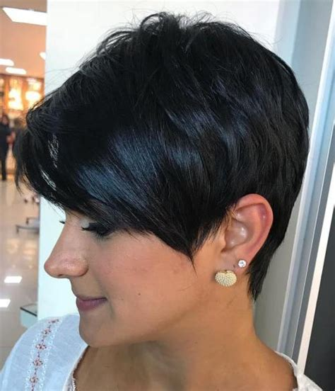 wedge with choppy layers hairstyle 70 cute and easy to style short layered hairstyles