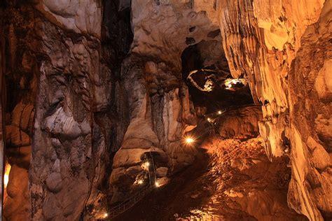 gua tempurung cave perak tourist travel guide malayisia