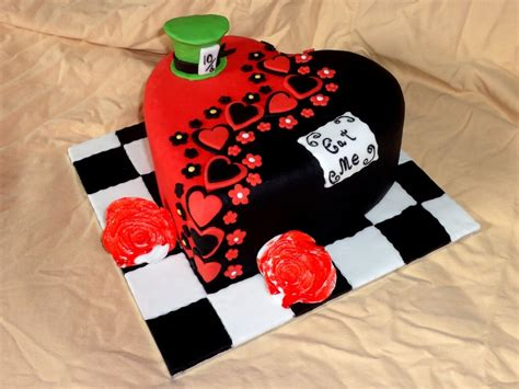 heart pattern cake alice in wonderland heart cake cakecentral com