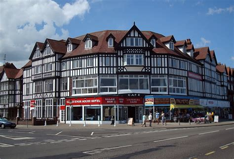 houses to buy in skegness grosvenor house hotel and imperial cafe 169 david pickersgill cc by sa 2 0 geograph