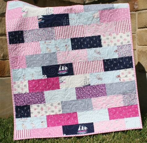 Basic Quilt Designs by 4 Tips For Beginner Quilters 3 Beginner Quilting Patterns