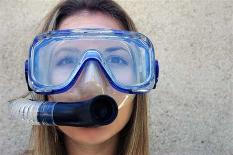 dive mask how to choose a scuba diving mask dive in