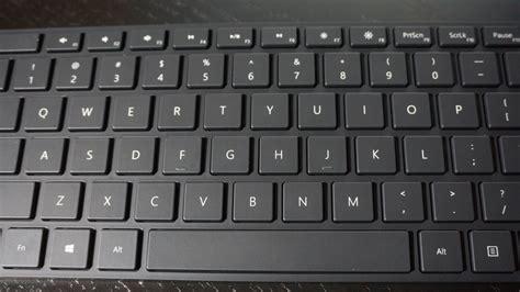 Designer Bluetooth Desktop microsoft pr 228 sentiert schick designte tastatur maus kombi