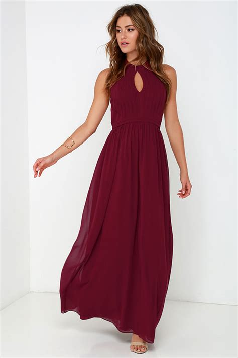 Ghaida Simple Choker Dress Maroon beautiful burgundy dress maxi dress halter dress 86 00