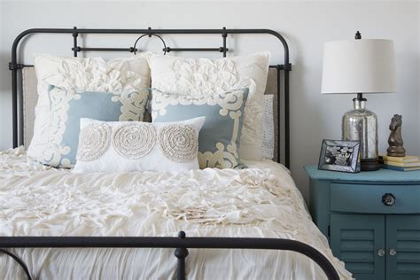 why you need to make your bed reasons to make the bed 5 reasons why you should make your bed every morning