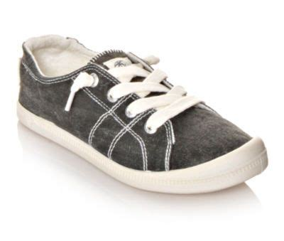 best comfortable trainers 25 best ideas about most comfortable shoes on pinterest