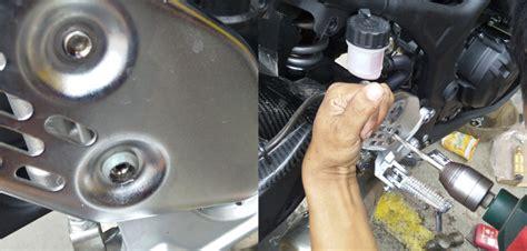 Baut Racing Yamaha ganti footstep racing yamaha r25 awas baut slek gilamotor